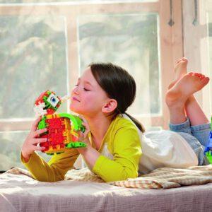Meisje met Clickformers basis set bouwspeelgoed