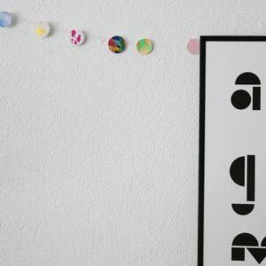 Voorbeeld zelf slinger maken met knutselpakket van pakje plezier