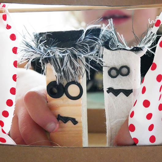 Voorbeeld duurzaam knutselpakket pakje plezier poppenkast