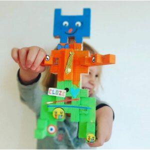 Cloze robot geverfd